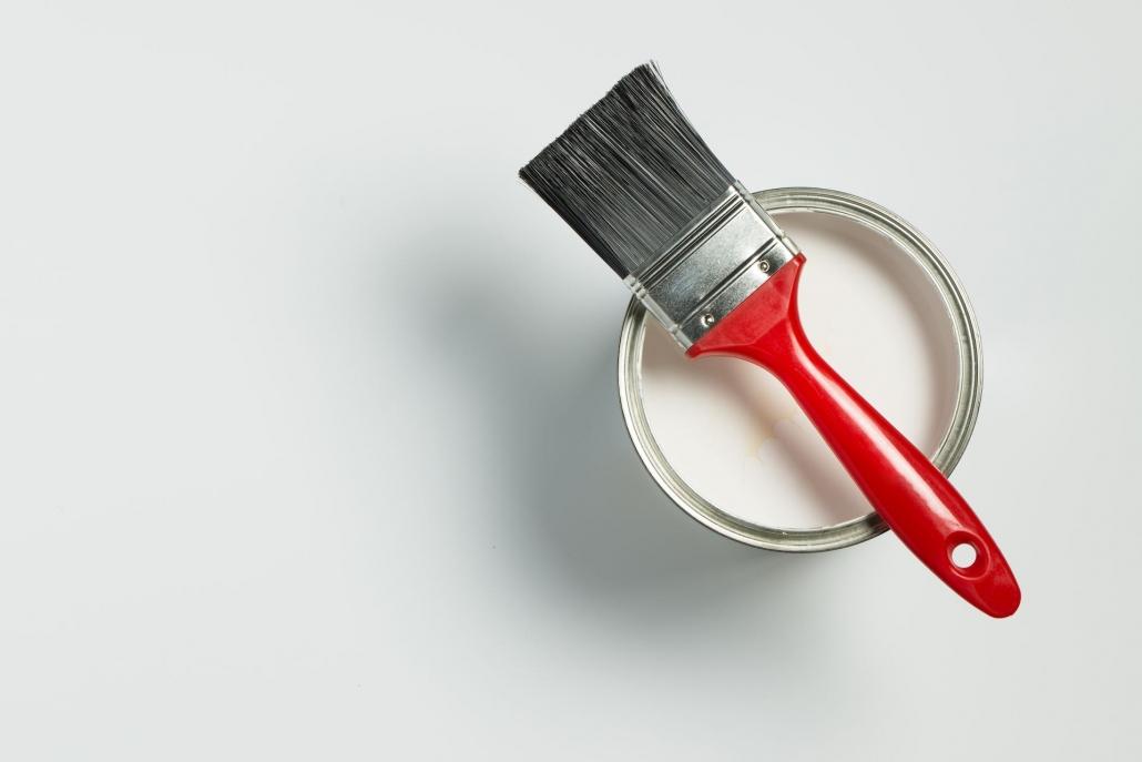 Malerbøtte med pensel